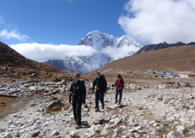 Setting out from Lobuche