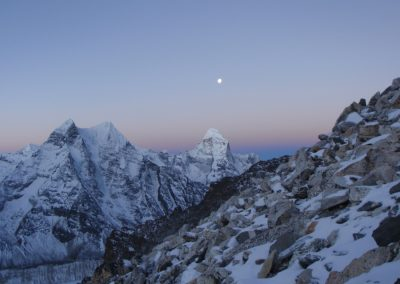 The stunning early morning view of Ama Dablam summit day.jpg