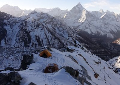 The climb - High Camp Lobuche East